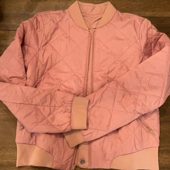 Lululemon pink reversible jacket size 6